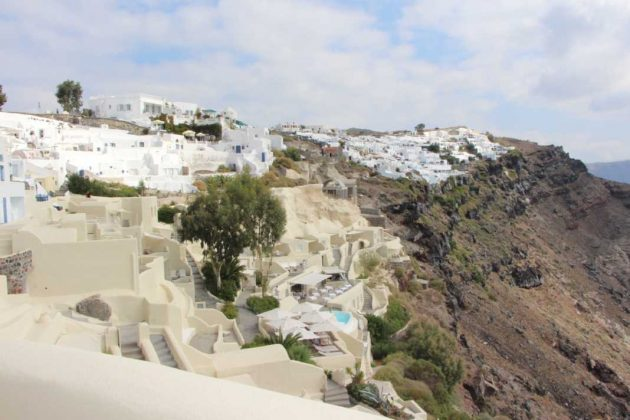 Mystique: Luxury Hotel in Santorini, Greece