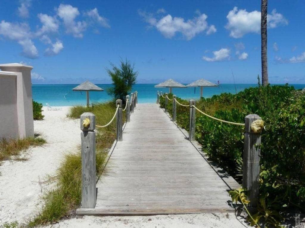 Ports of Call Resort Beach Access