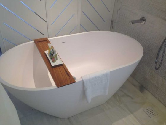 Mykonos Grand Hotel and Resort, Bath