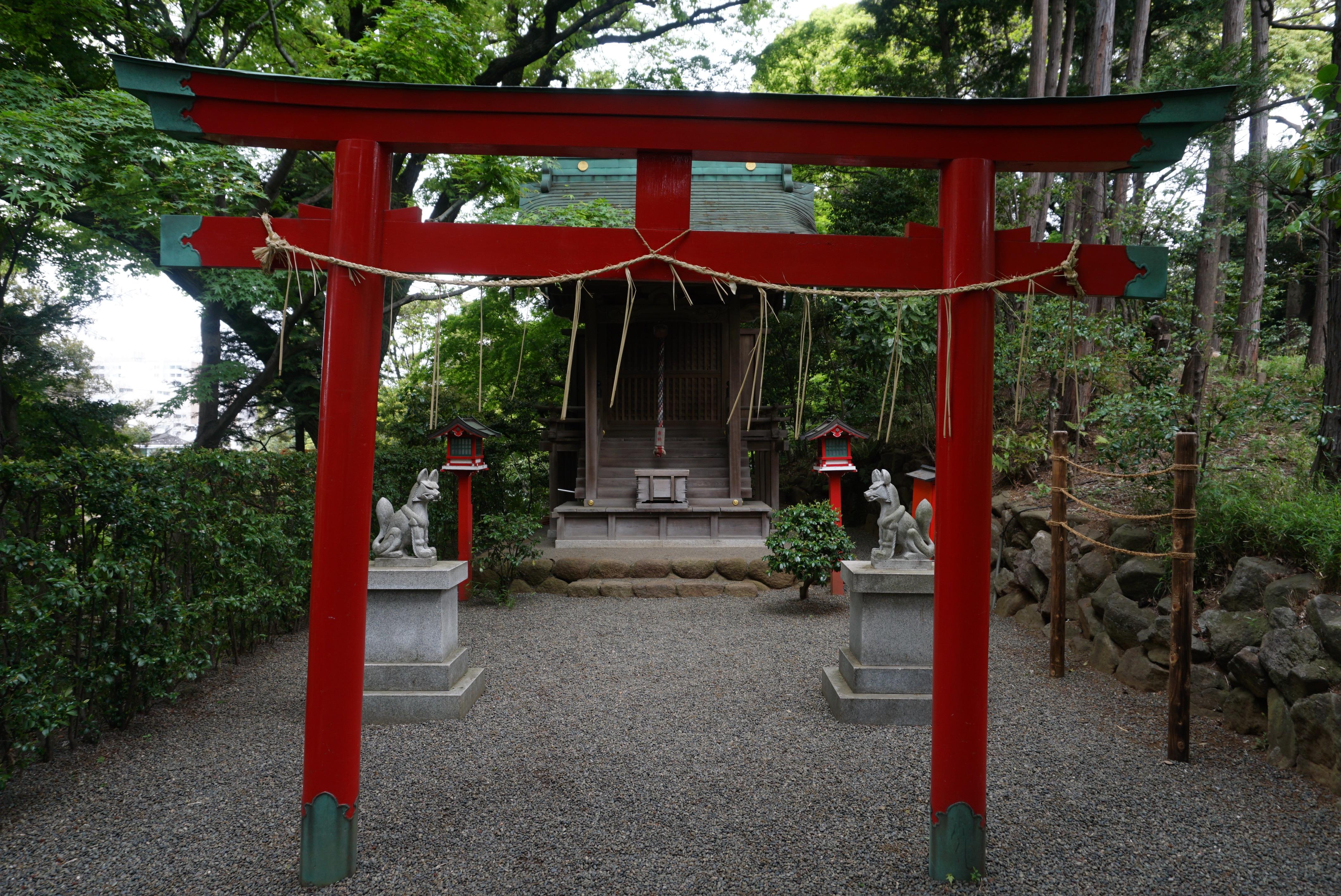 Shiratama Inari Shrine